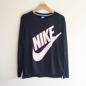 Nike Spellout Logo Graphic Long Sleeve Tee